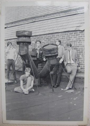 [group shot on some frat roof]
